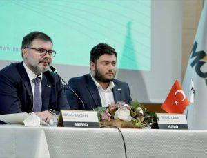 """Genç MÜSİAD İzmir'in """"Liderler Kahvesi"""" programının konuğu Bilal Saygılı oldu"""