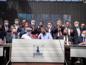 İzmir Büyükşehir Belediyesindeki 7 bin işçiyi kapsayan toplu iş sözleşmesi imzalandı