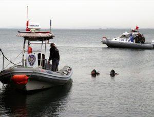 İzmir Körfezi'nde oltaya erkek cesedi takıldı
