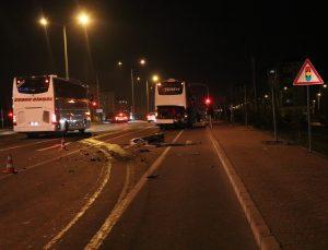 Kayseri'de yolcu otobüsüne arkadan çarpan otomobildeki gurbetçi iki kardeş yaralandı