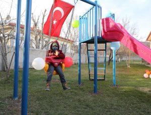 Lösemili Ali'nin oyun parkı hayalini Erzincan Valisi Mehmet Makas gerçekleştirdi