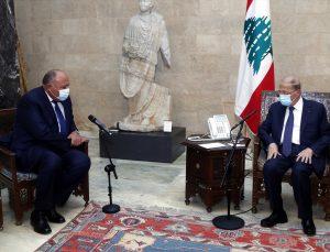 Mısır Lübnan'daki hükümet krizinin çözümü için uluslararası ve bölgesel destek çağrısında bulundu
