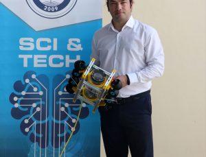 Manisa'da lise öğrencileri TEKNOFEST 2021 için insansız su altı robotu geliştirdi