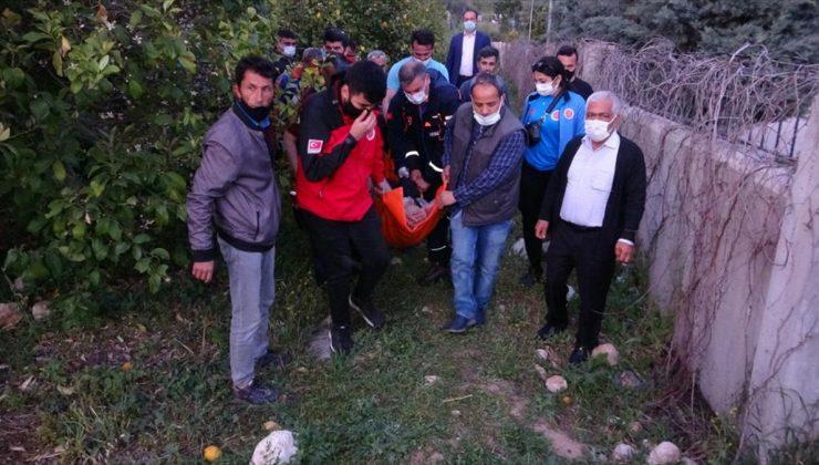 Mersin'de kaybolan kişi havadan yapılan incelemeyle düştüğü çalılık alanda bulundu