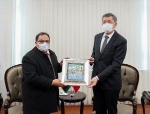 Milli Eğitim Bakanı Selçuk, Libyalı mevkidaşıyla bir araya geldi