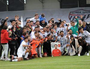 Misli.com 3. Lig'de Erbaaspor'u 3-0 mağlup eden Somaspor, 2. Lig'e yükselmeyi garantiledi