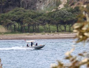 GÜNCELLEME – İzmir Valisi Köşger, Ege'de denize düşen eğitim uçağındaki 2 pilotun kurtarıldığını bildirdi
