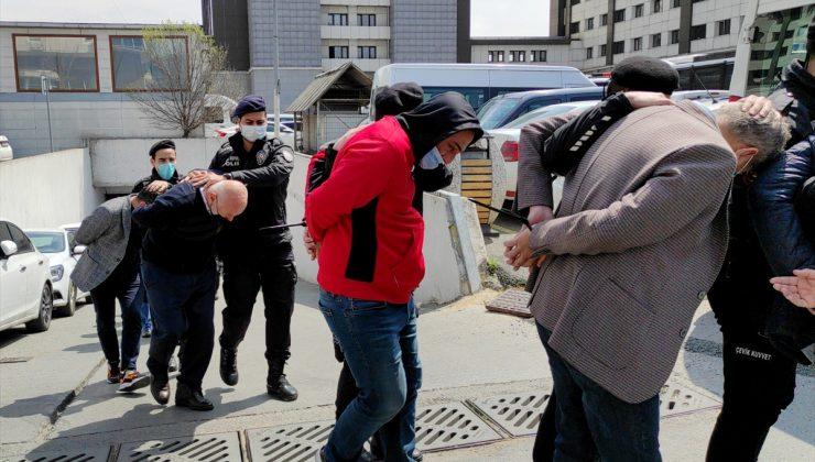 Peker'in elebaşı olduğu belirtilen suç örgütüne yönelik operasyonda yakalanan 49 şüpheli adliyeye sevk edildi