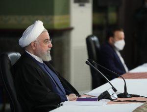 Ruhani, ABD'nin baskısı nedeniyle 10 milyon doz Kovid-19 aşısını alamadıklarını söyledi