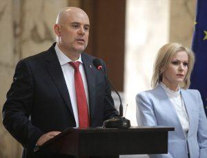 """Rusya'nın Sofya Büyükelçiliğinde görev yapan bir diplomat daha """"istenmeyen kişi"""" ilan edildi"""