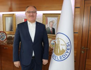 Sivas Belediyesi 1055 esnafa 1000'er lira destek ödemesi yaptı