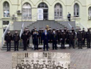 Tire Kaymakamlığı önünde 88 yıl önce çekilen fotoğraf yeniden canlandırıldı