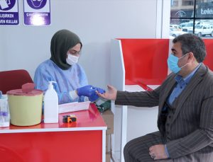 Türk Kızılay vatandaşları ramazanda kan bağışına davet ediyor