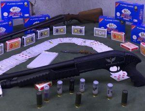 Uşak'ta kumar oynadığı belirlenen 18 kişiye para cezası verildi