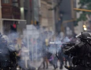 Kolombiya'nın Cali kentinde yerlilere yönelik silahlı saldırıda 9 kişi yaralandı