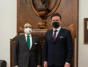 TC Prag Büyükelçisi Egemen Bağış  Temsilciler Meclisi Başkanını  Işıl Gürler ile birlikte ziyaret  etti