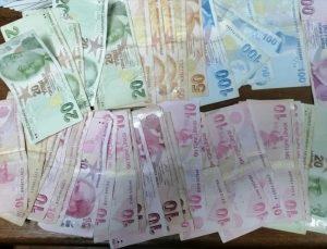 Adana'da kumar oynayan ve Kovid-19 tedbirlerini ihlal eden 227 kişiye para cezası