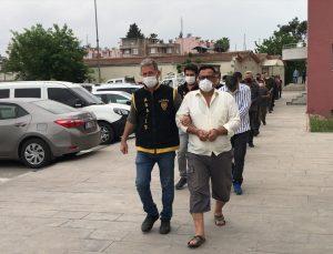 Adana'da yakalanan 22 firari hükümlü cezaevine gönderildi