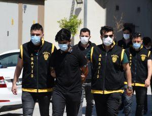 Adana'da yakalanan 5 hırsızlık şüphelisinden ikisi tutuklandı