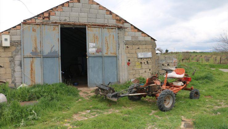 Adıyamanlı çiftçi atıl malzemelerden kendi imkanlarıyla çapa makinesi yaptı