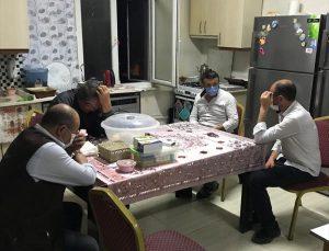 Afyonkarahisar'da Kovid-19 tedbirlerini ihlal eden ve kumar oynayan 16 kişiye para cezası