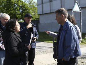 Almanya'da kızı PKK tarafından kaçırılan anne, eylemini Başbakanlık önünde sürdürüyor