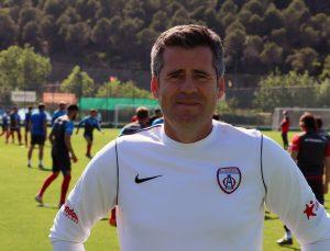 """Altınordu Teknik Direktörü Hüseyin Eroğlu: """"Hedefimiz önümüzdeki yıl Süper Lig'de olmak"""""""