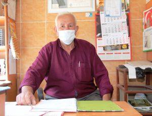 Amasya'da bir hayırsever köydeki bakkalın veresiye defterinde kayıtlı 2 bin 500 lira borcu ödedi