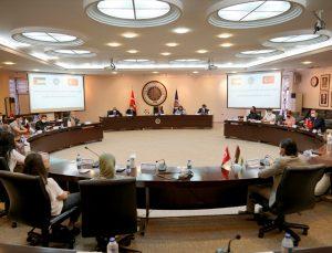 Ankara Üniversitesi yönetimi Filistinli öğrencilerle buluştu