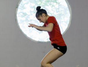 Avrupa Trampolin Cimnastik Şampiyonası'nda Türkiye'ye ilk madalyayı kazandıran Sıla'nın hedefi olimpiyatlar: