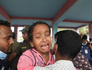 Bangladeş'te tekne gemiye çarptı: 26 ölü