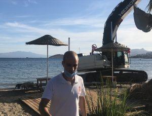 Bodrum'da iş makinesiyle sahilde tehlikeli hareketler yapan operatör serbest bırakıldı