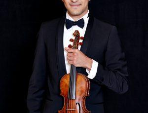 ÇEV Sanat'ın genç keman sanatçısı Elvin Hoxha Ganiyev, Rusya'da konser verecek