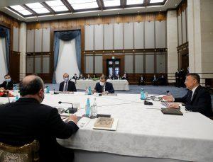 """Cumhurbaşkanı Yardımcısı Oktay başkanlığında, """"Yerli Aşı Çalışmaları Değerlendirme Toplantısı"""" yapıldı"""