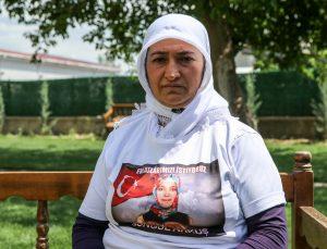 Diyarbakır anneleri, Anneler Günü'nü evlat hasretiyle geçirmenin hüznünü yaşıyor