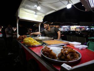 Erbil'de alternatif yeme-içme seçenekleriyle ramazan gecelerinin hareketli adresi: İskan Caddesi
