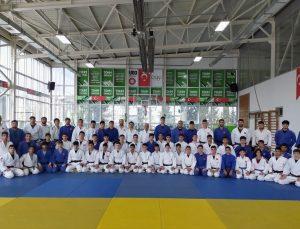 Erkek Judo Ümit Milli Takımı Samsun'da kampa girdi