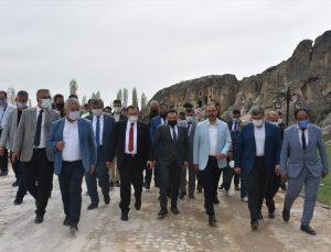 Gençlik ve Spor Bakanı Mehmet Muharrem Kasapoğlu, Afyonkarahisar İl Değerlendirme Toplantısına katıldı