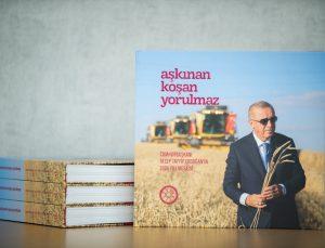 """İletişim Başkanlığından Cumhurbaşkanı Erdoğan'ın 2020 mesaisini anlatan """"Aşkınan Koşan Yorulmaz"""" kitabı"""