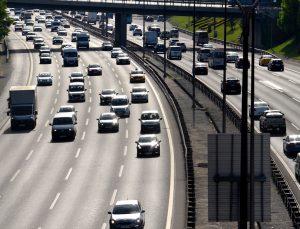 İstanbul'da kısıtlama öncesinde trafik yoğunluğu arttı