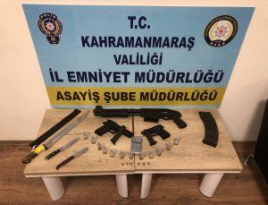 """Kahramanmaraş'ta """"tam kapanma"""" sürecini ihlal eden ve silahla havaya ateş eden 4 kişi yakalandı"""