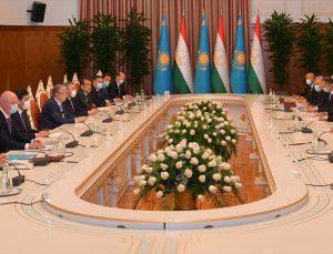 Kazakistan ve Tacikistan, Orta Asya'da sürdürülebilir kalkınma için stratejik ilişkileri geliştirecek