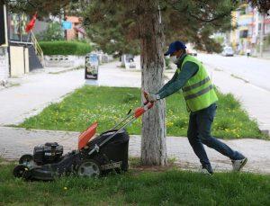 Kütahya'da belediye hizmetleri aksamadan devam ediyor