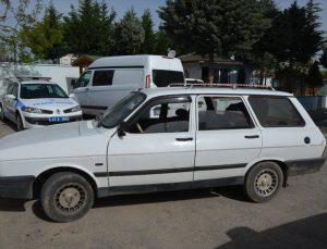 Kütahya'da çalıntı araçlarla koyun çaldıkları iddia edilen 2 şüpheli tutuklandı