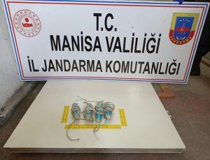 Manisa'da definecilere yönelik operasyonda gözaltına alınan zanlılardan 7'si tutuklandı