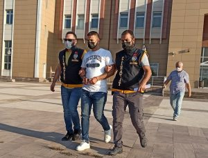 Manisa'da esnafa silahlı saldırıda bulunan zanlılardan biri tutuklandı