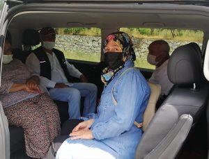 Marmaris'te AK Parti İlçe Teşkilatı, aşı olacak vatandaşların ulaşımını sağlayacak