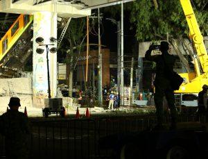 Meksika'da metro üst geçidinin yola çökmesi sonucu 15 kişi öldü