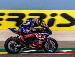 Milli motosikletçi Toprak Razgatlıoğlu, Portekiz etabındaki ilk yarışta ikinci oldu