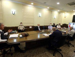 Milli Savunma Bakanı Akar, birlik komutanları ile görüşmesinde terörle mücadeleye ilişkin rakamları paylaştı:
